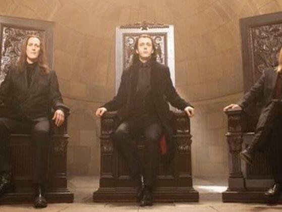 Do you remember the name of the leaders of the Volturi (the largest and most powerful coven of vampires)?