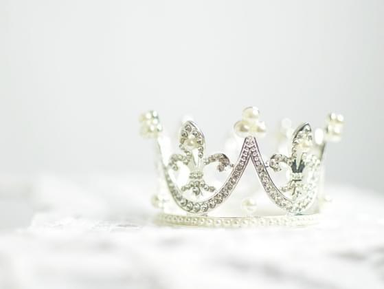 What kind of gems do you want your crown?