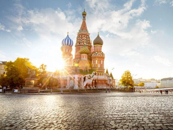 How long would it take you to walk from Paris to Moscow?