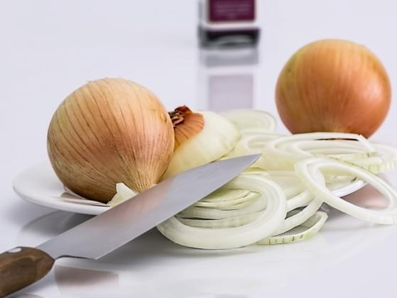 Would you eat a raw onion?