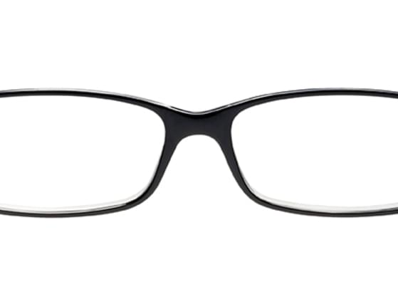 Girls with small eyes feel it hard to wear rectangular frames as such frames make them look smaller than they actually are.