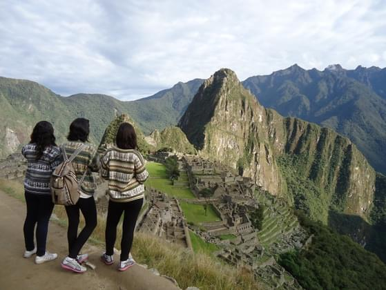 When it comes to friends, quality or quantity?