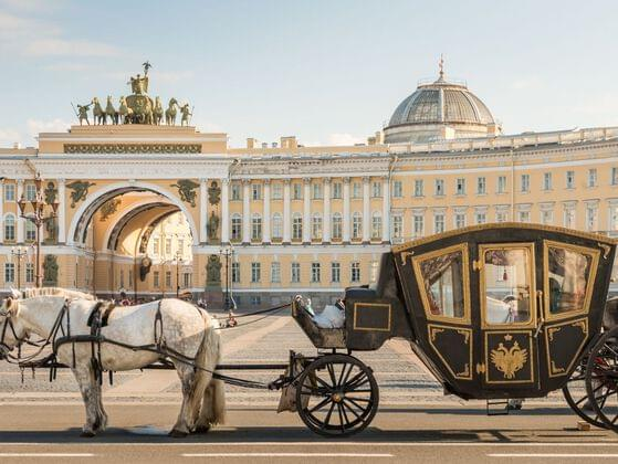 Which city hosts the Hermitage Museum?
