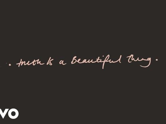 Are you pretty??(the truth please)