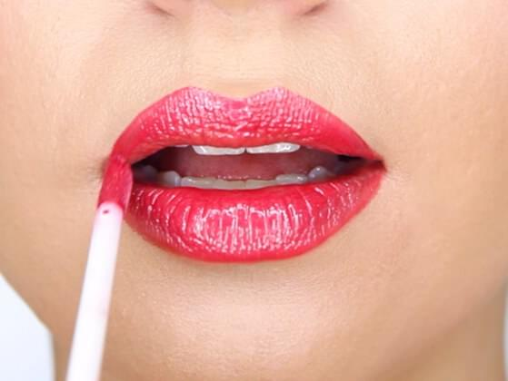How much time do you take for lip makeup?