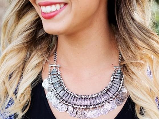Choose a signature accessory!