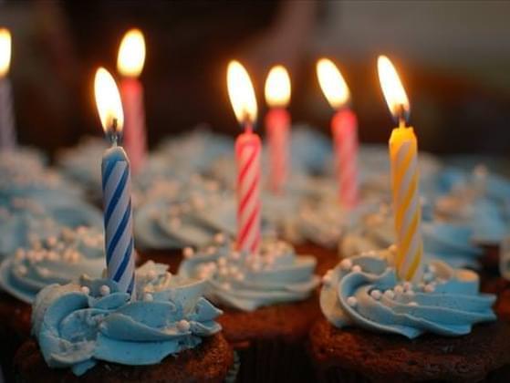Select one birthday cake