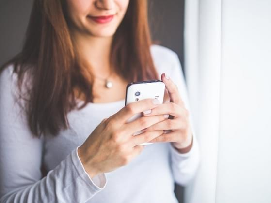 If someone uses incorrect grammar in a text message, do you point it out?