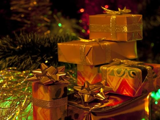 What type of gifts do you usually buy others?
