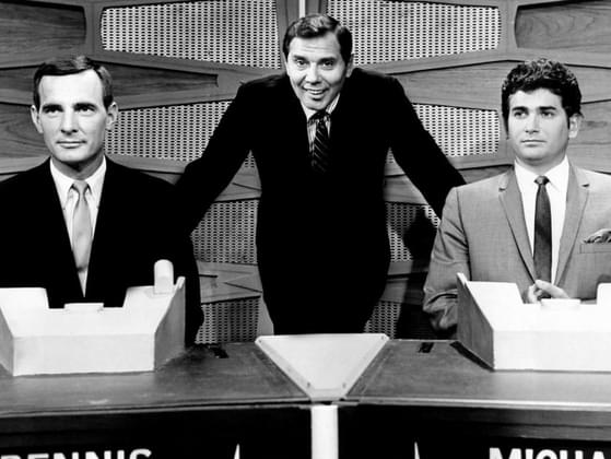 Which game show features a panel of celebrities that try to fill-in-the-blanks to funny phrases and sayings in order to help contestants win?