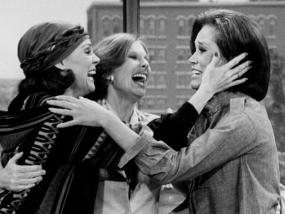 In 'The Mary Tyler Moore Show,' what happens just before the main character moves to Minneapolis?