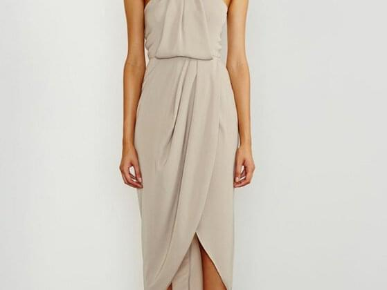 A draped midi can be your best friend when you have nothing in your mind for the coming day out. Do you have it or not?