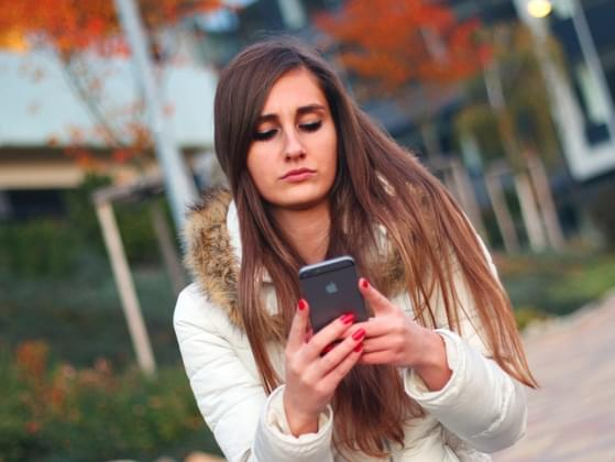 Do you feel obligated to text or call somebody if you will be home later than expected?
