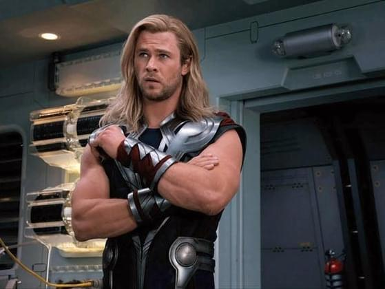 What weapon does Thor carry?