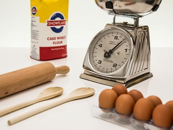 Do you have a full set of measuring cups and spoons?