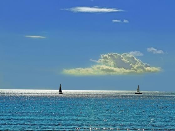 When did Christopher Columbus sail the ocean blue?