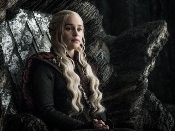 How many official titles does Daenerys have?