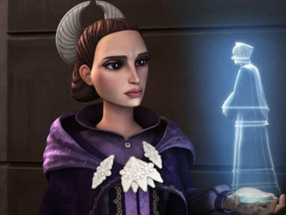Pick an outfit from Padme's wardrobe: