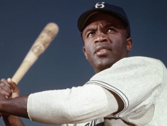 Jackie broke MLB's color barrier by signing with what MLB team?