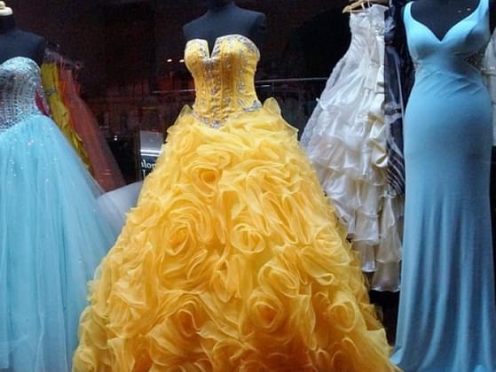 What did you wear to your prom/ what will you wear to the prom?