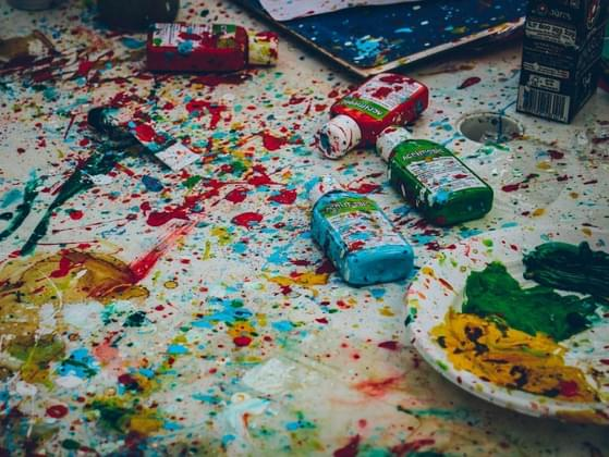 Do you feel uncomfortable in messy environments?