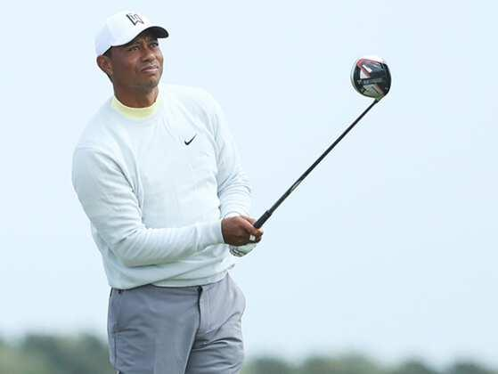 Who did 2-year-old Tiger Woods putt against on the