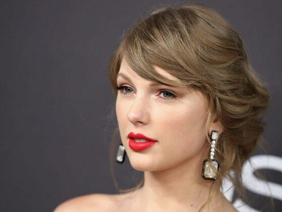 What was the first album that made Taylor like country music?