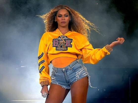 What is the name of the group that Beyonce was a member of?