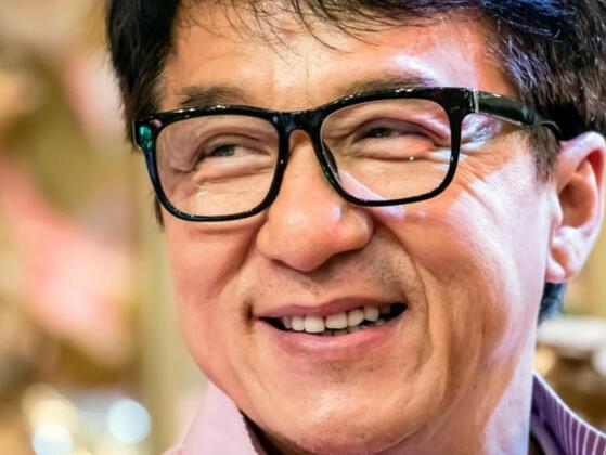 Which year Jackie Chan won Japan's Best Foreign Singer Awards?