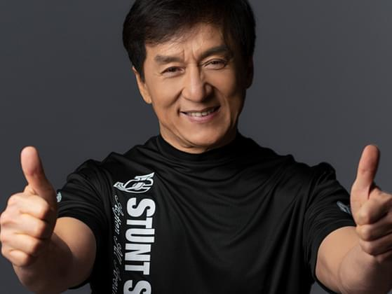 Which year Jackie Chan married Lin Feng-Jiao in?