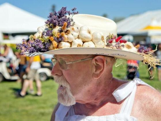 What place the very first Gilroy Garlic Festival was held at?