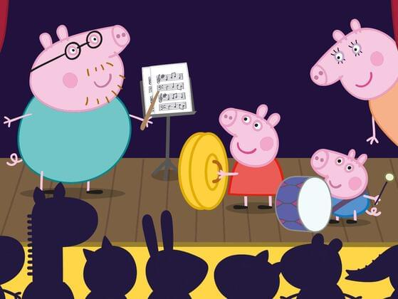 What color is Daddy Pig's shirt?