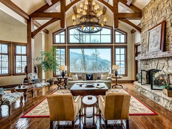 How would you describe the decor in your living room?