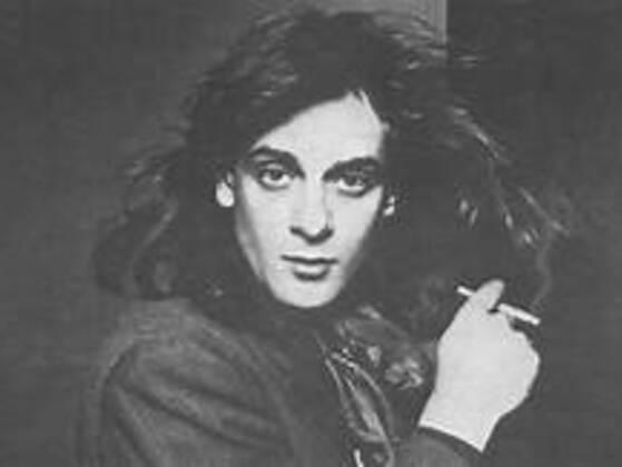 Before becoming a successful musician, which career did Eddie Money pursue?