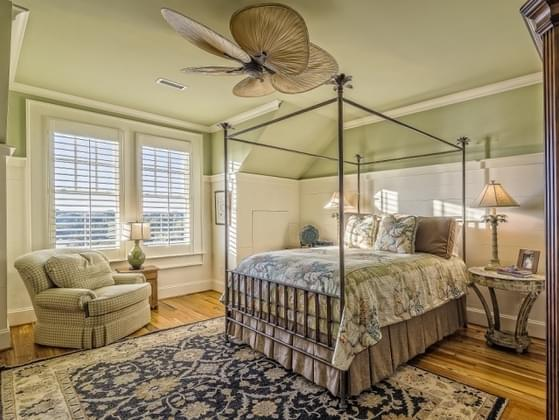 How many bedrooms are you looking for?