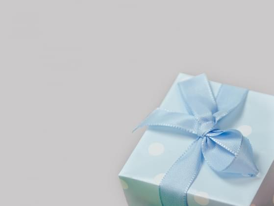When do you give gifts?