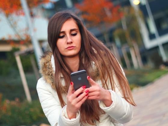 How do you greet a friend via text message?