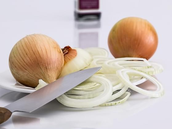 Does cutting onions bring tears to your eyes?