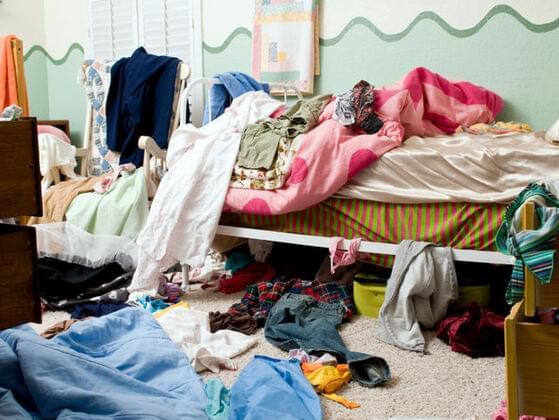Do you keep your room neat?