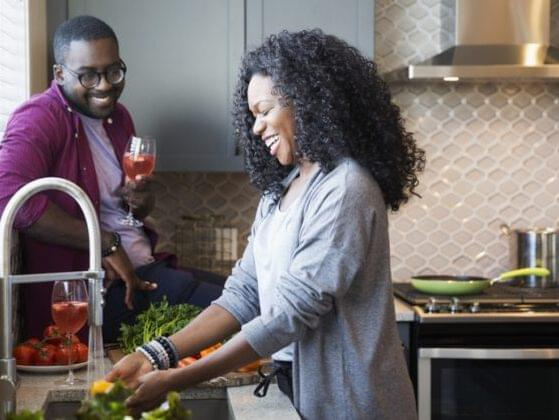 It's so nice to cook a romantic meal for someone. But, for starters, is your partner cooking with you?